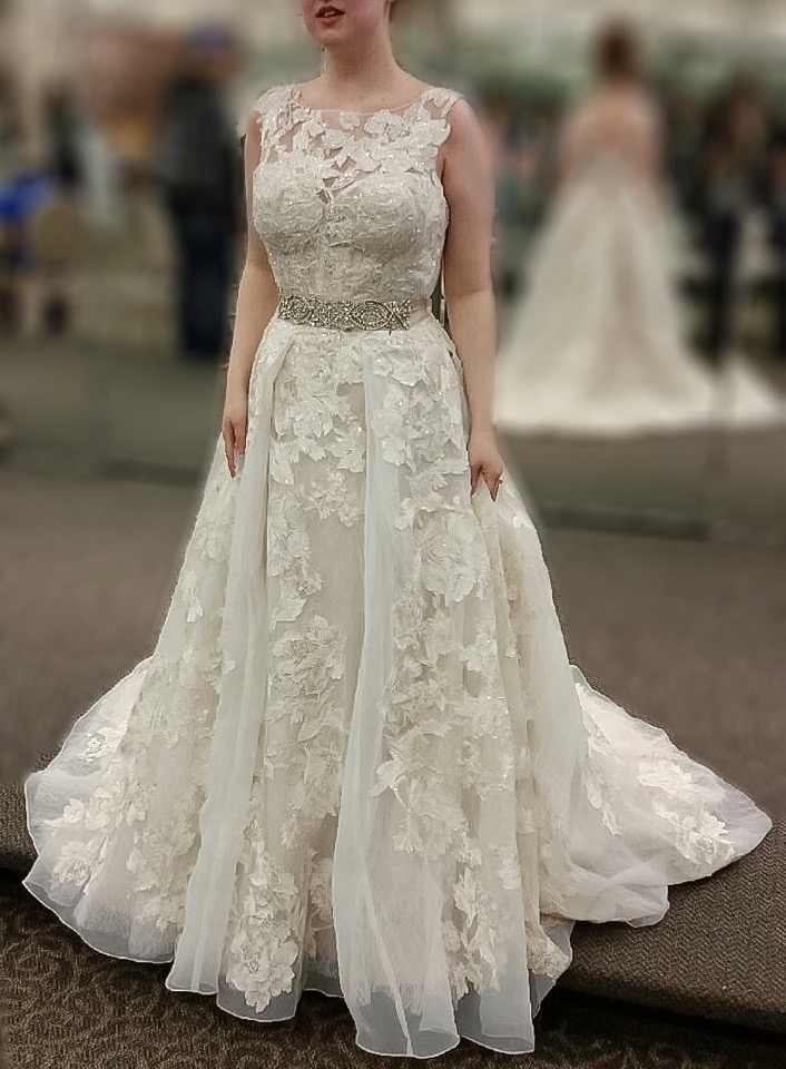 I want to add sleeves to my dress help the knot for Adding sleeves to a wedding dress